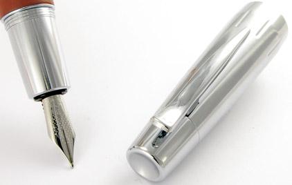 Le stylo plume E-Motion Bois de poirier Automne et chrome de Faber-Castell - photo 2