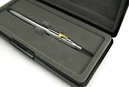 Stylo bille Space Pen SF 1104 Chromé avec navette de Fisher - photo.