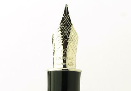 Stylo plume Sonnet laqué noir intense attributs chromés de Parker - photo 3